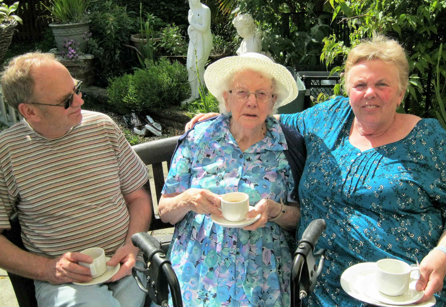 Blackwater Mill Host An Afternoon Tea Party By The Lake