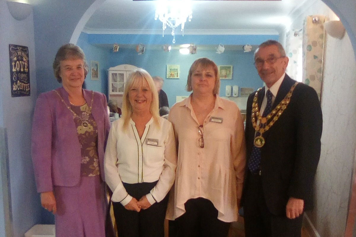 Willow Bank Officially Opens Dementia Cafe