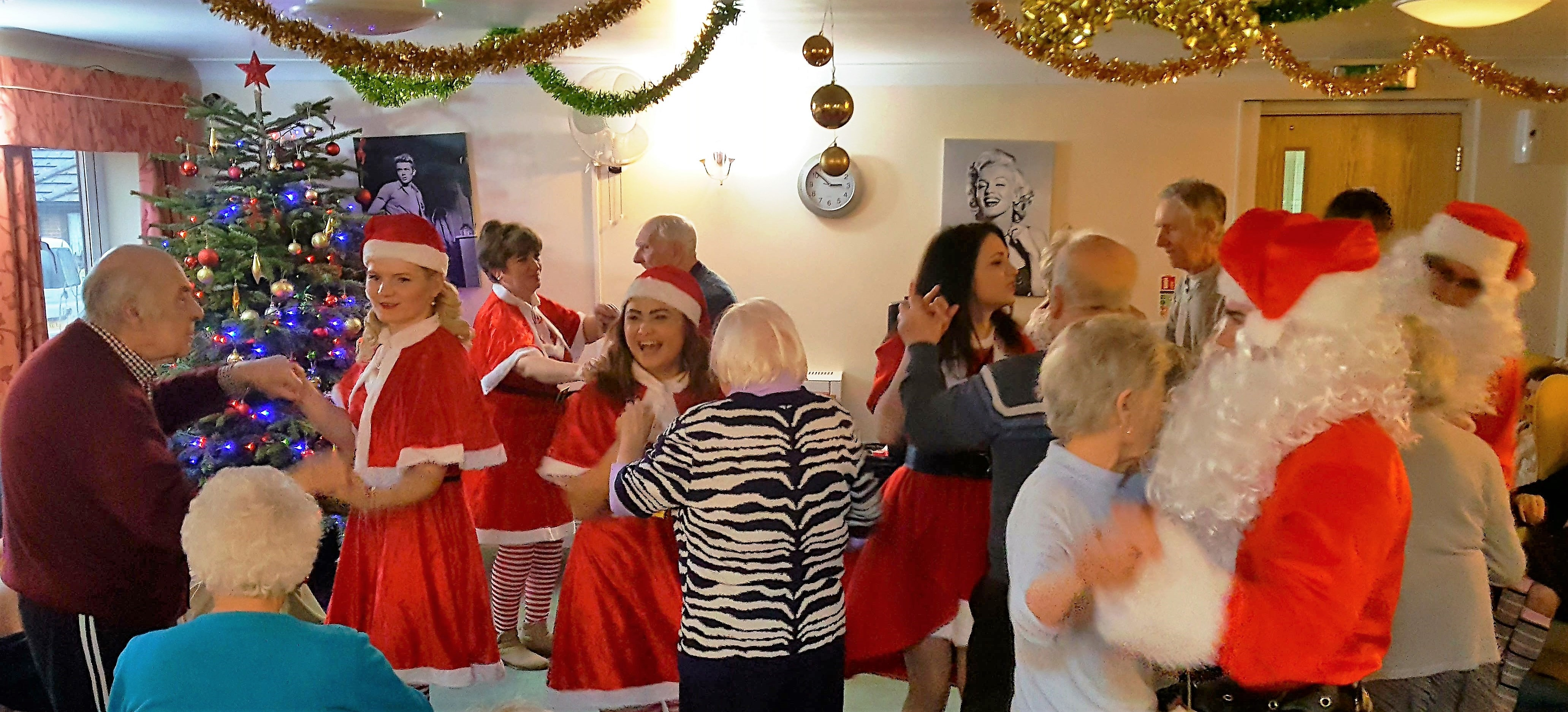 Father Christmas Takes A Trip To Willow Bank House