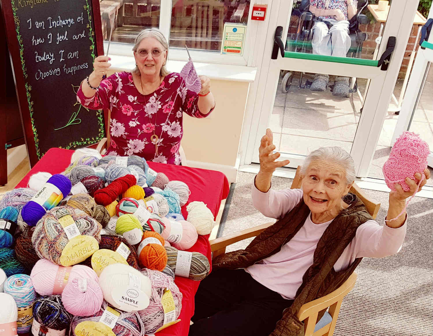 Kingland Knitters Present Blankets to Premature Babies